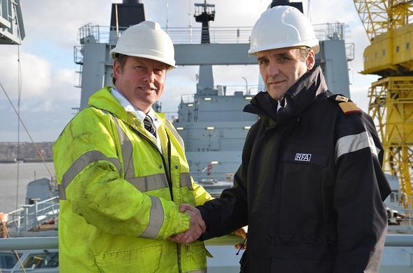 Cammell Laird Spencer Atkinson & Commodore Ian Schumaker (handshake) (small) DSC_5651